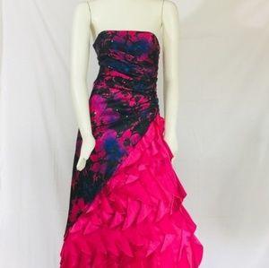 JUMP apparel Fuscia Flamenco Prom Dress 3/4